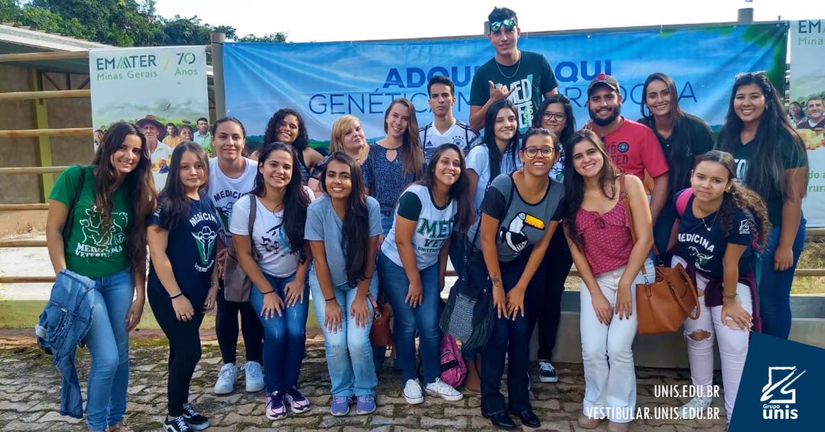 Alunos de Medicina Veterinária participam de palestras em Elói Mendes